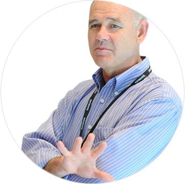Accredited coach: Lloyd Irwin